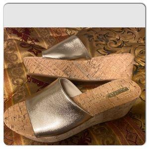 Aldo cork bed wedge heels